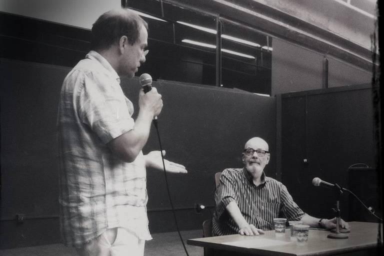 Professor de filosofia discute diferenças entre ceticismo e pós-verdade