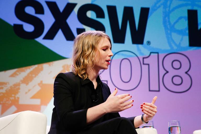 A ex-militar americana que trocou de sexo, Chelsea Manning, em palestra no festival South by Southwest (SXSW), em Austin
