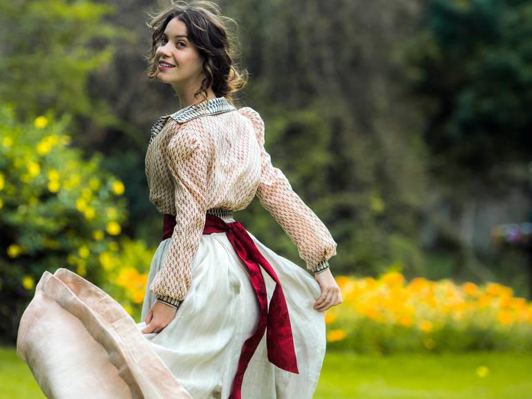 """Elisabeta (Nathalia Dill), de """"Orgulho e Paixão"""""""