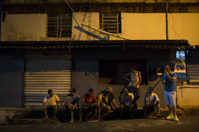 Golpe do emprego mira venezuelanos
