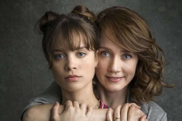 Gabriela ( Camila Morgado ) e Verena ( Joana Borges )