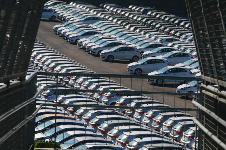 Produção e venda de veículos novos crescem no País