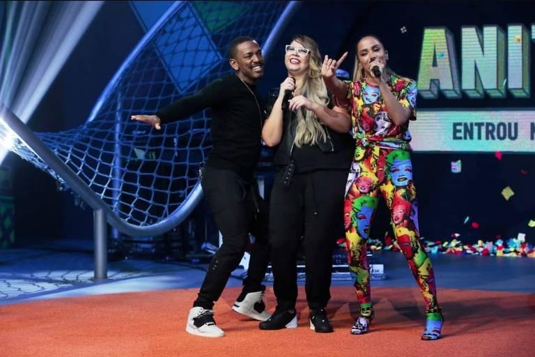 """Nego do Borel, Marília Mendonça e Anitta na estreia do programa """"Anitta Entrou No Grupo"""" (Multishow)"""