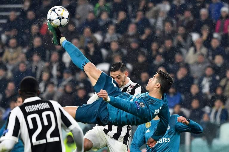 Nas quartas de final da última Champions, Cristiano Ronaldo, atuando pelo Real Madrid, fez um gol de bicicleta contra a Juventus