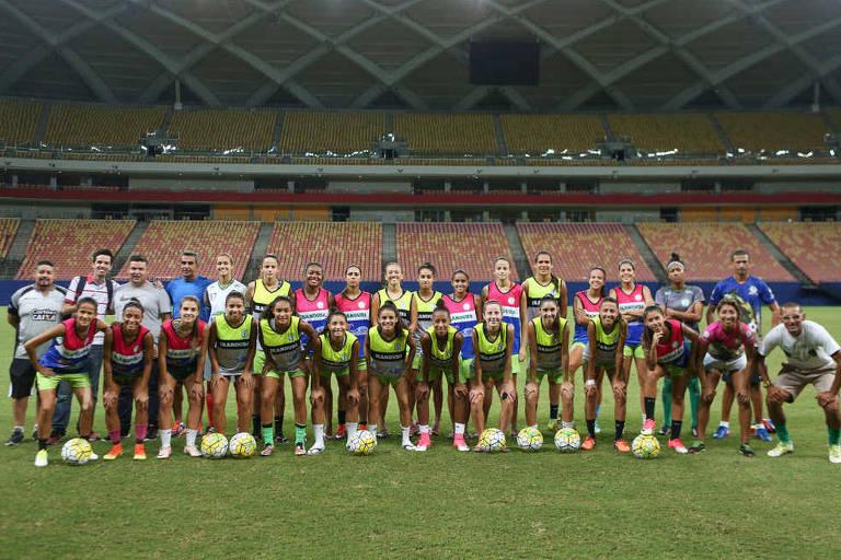 Futebol feminino brasileiro está sem competição nacional há 9 meses ... d5892060889ac