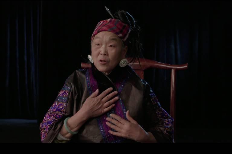 """Cena do documentário """"Canções em Pequim"""""""