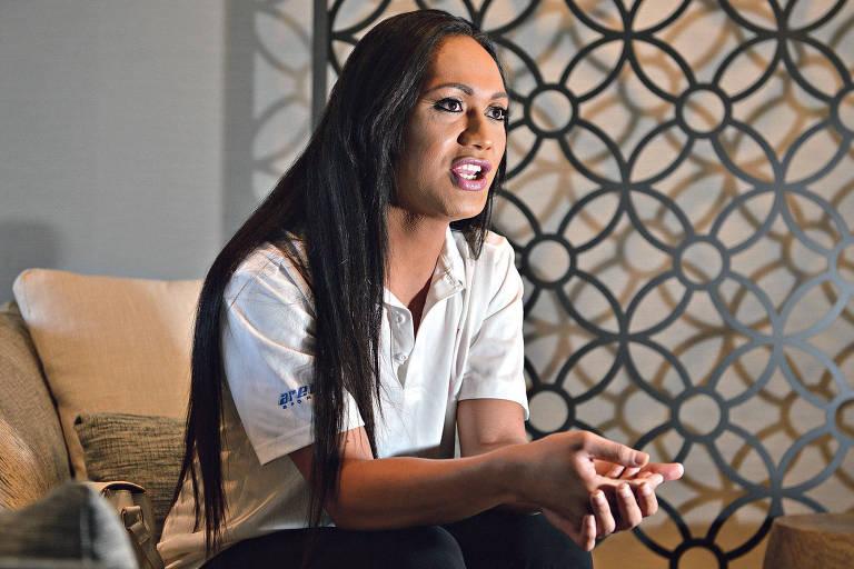 """Jaiyah Saelua se identifica como """"fa'afafine"""" (na forma de mulher), minoria que é reconhecida em Samoa Americana como um terceiro gênero"""