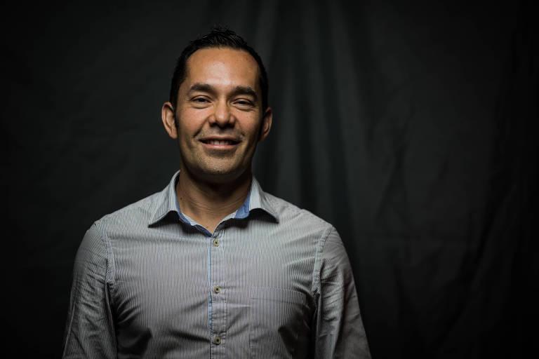 O guatemalteco Mario Lara, que é formado pela Michigan State University, tem mestrado pela Universidade de Illinois e MBA pela Harvard Business School, em seu escritório em SP