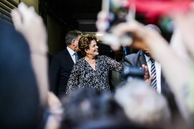 A ex-presidente Dilma Roussef chega ao TRE de Minas Gerais para transferir seu domicílio eleitoral