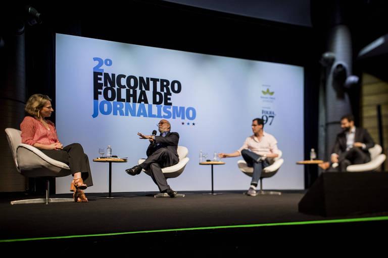 Debate sobre fake news durante o 2º Encontro Folha de Jornalismo, em São Paulo