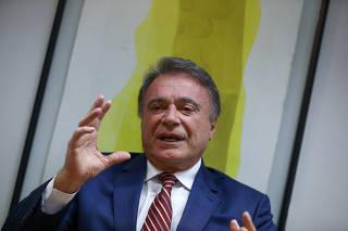 Entrevista com o senador Álvaro Dias ( Podemos-PR)