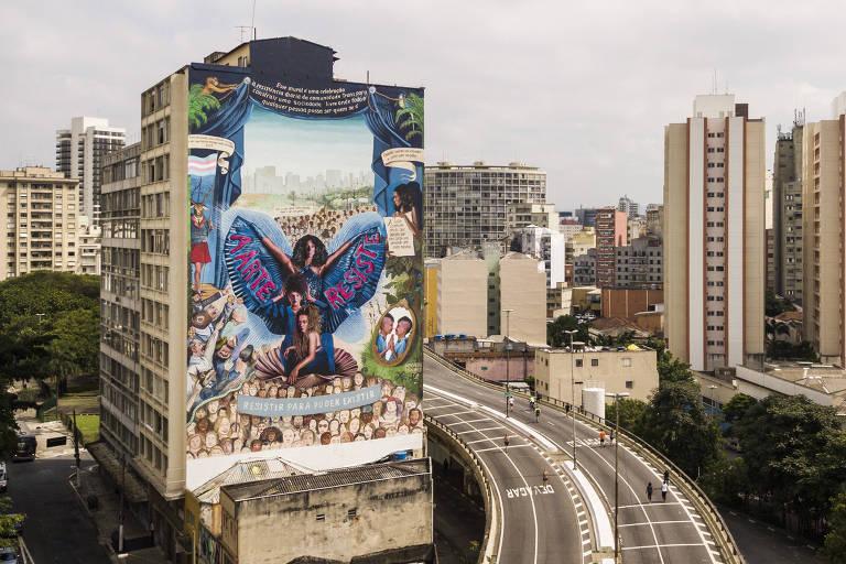 Vista aérea de parte do Minhocão, no centro da capital paulista