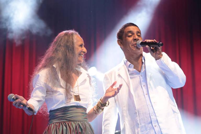 Dupla improvável, Bethânia e Zeca se completam cantando samba