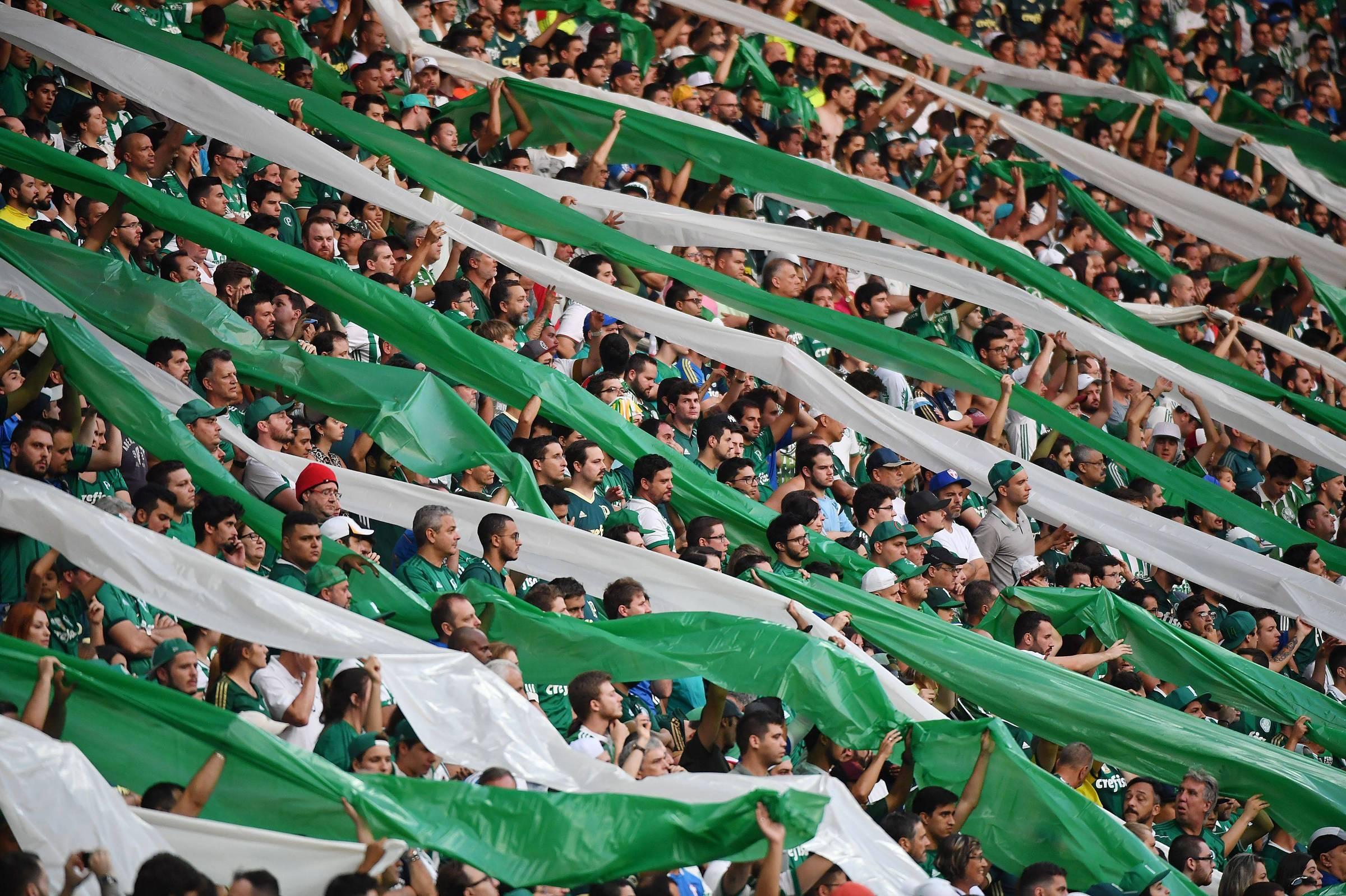 Palmeiras gasta R  23 milhões por fim de ações de ex-atletas e parceiros -  11 08 2018 - Esporte - Folha 1f3c52045eac7