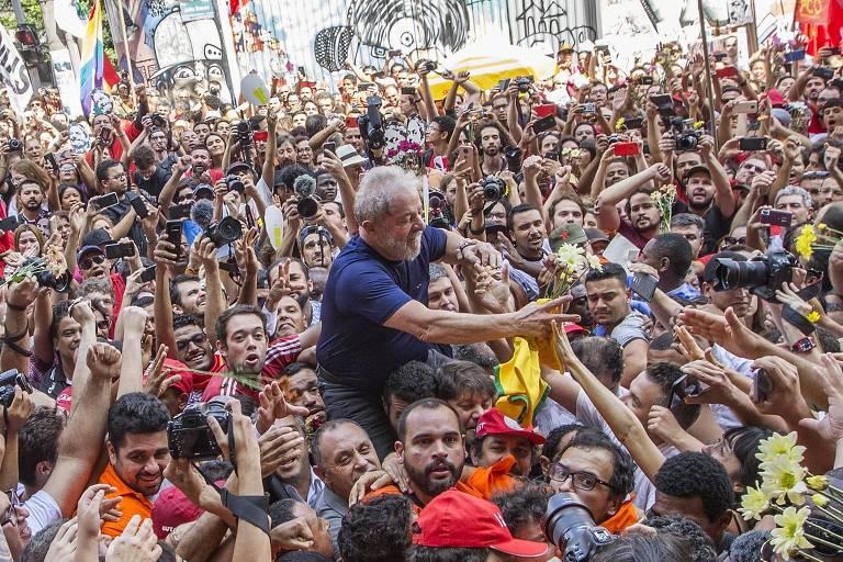 Lula tem pris�o decretada - Veja repercuss�o