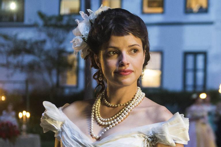 Ema (Agatha Moreira) em cena da novela 'Orgulho e Paixão'