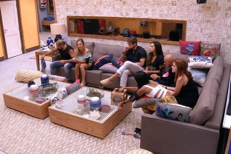 Participantes na sala do BBB 18 (Globo)