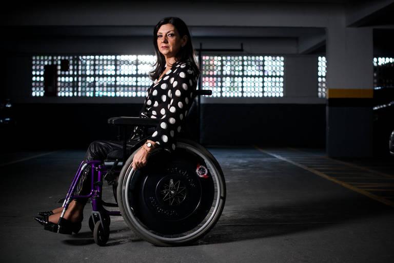 Condomínio proibiu funcionários de ajudarem cadeirante