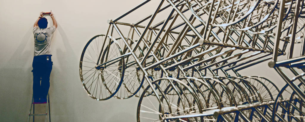 Obra do Ai Weiwei da SP-Arte no pavilhão da Bienal