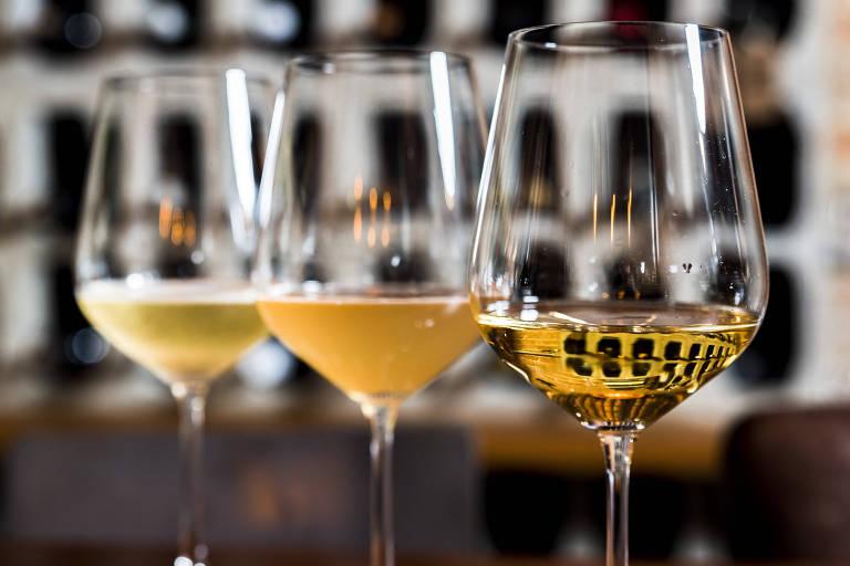 Taças de vinho do Sede 261, em Pinheiros