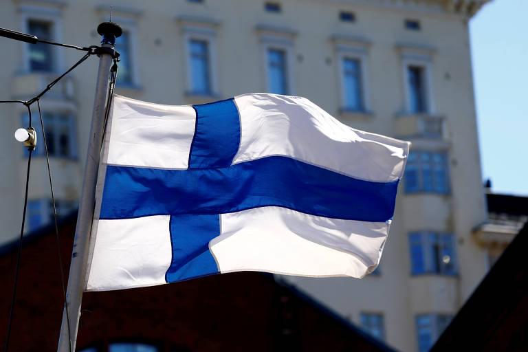 O governo finlandês não explicou as razões que o levaram a cancelar a iniciativa