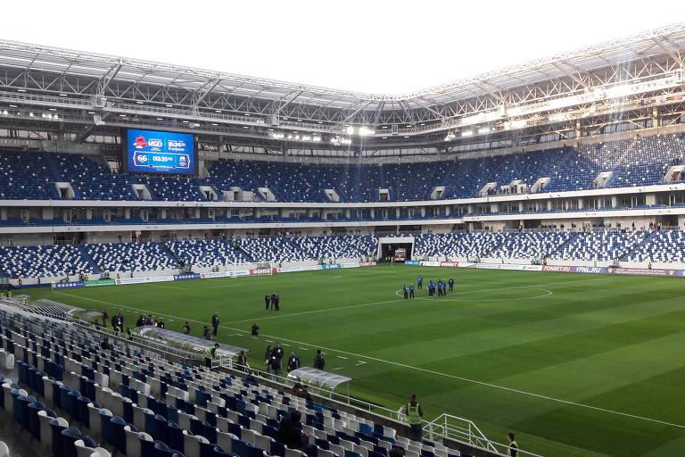 Vista geral interna da arena de Kaliningrado, que receberá três jogos durante a primeira fase da Copa