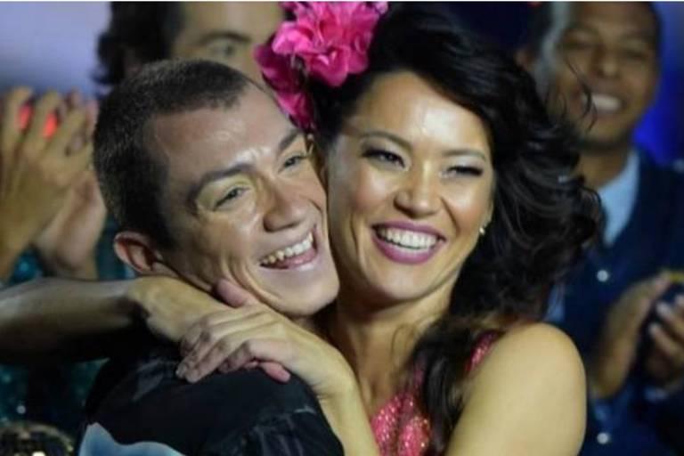 Geovanna Tominaga e o dançarino Teo, vencedores da 3ª edição do Dancing Brasil (Record)