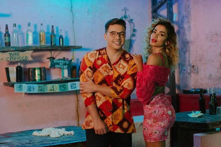 Wesley Safadão e Anitta nas gravações do clipe 'Romance com Safadeza'