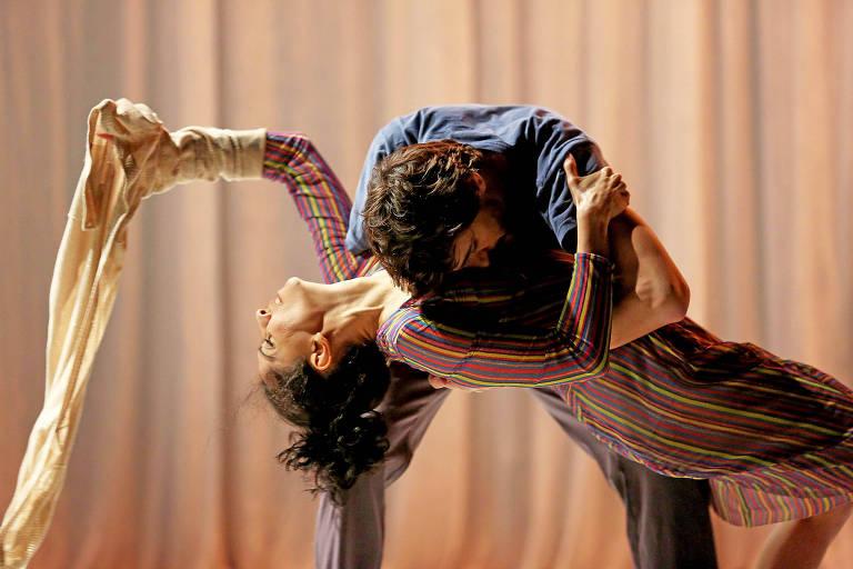 """Espetáculo """"Guarde-me"""", que integra a programação do Festival Abril para Dança"""