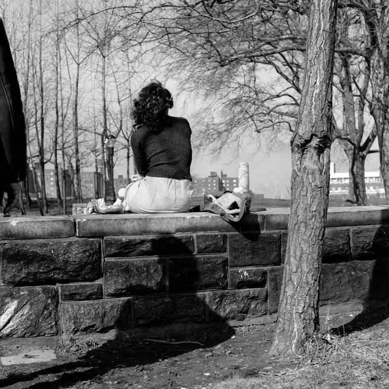 """""""Across the Park"""", de Mac Adams, em exposição na Fiesp"""