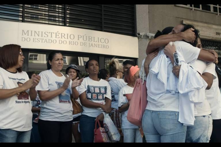 """Cena de """"Auto de Resistência"""", de Natasha Neri e Lula Carvalho (É Tudo Verdade 2018)"""