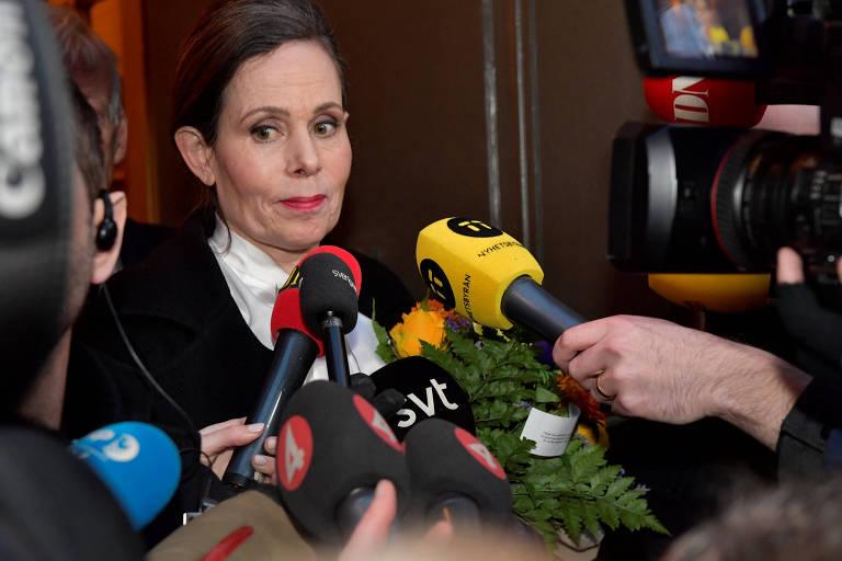 A secretária permanente da Academia Sueca, Sara Danius, que deixou o cargo