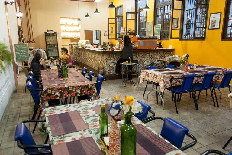 Café Colombiano, na Oficina Cultural Oswald de Andrade