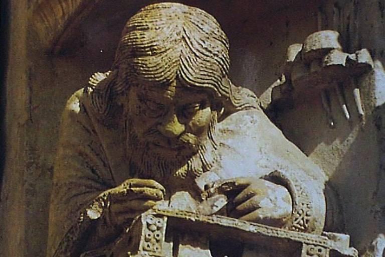 Escultura de Pitágoras