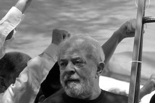 Former Brazilian President Luiz Inacio Lula da Silva attends a protest in front of the metallurgic trade union in Sao Bernardo do Campo