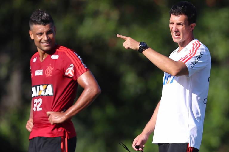 Mauricio Barbieri, do Flamengo, um dos mais novos treinadores em ação no atual Campeonato Brasileiro