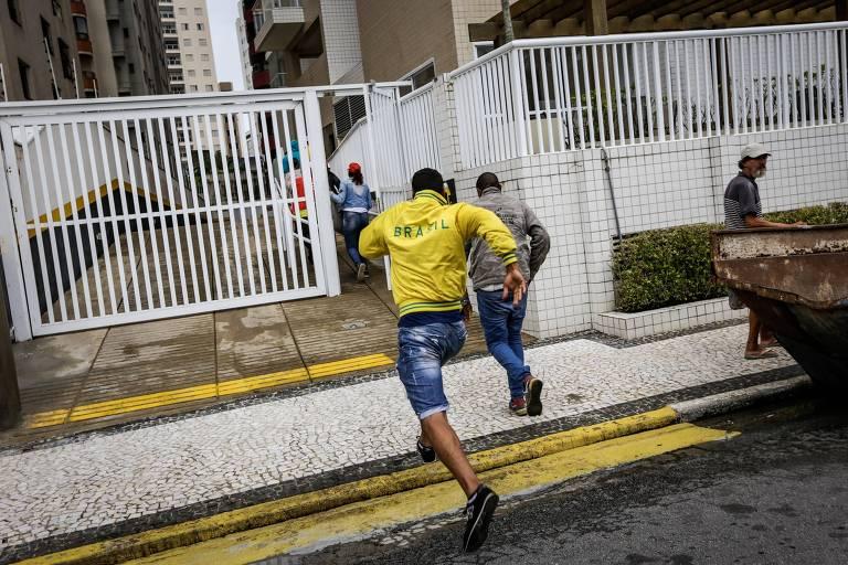 Invasão do tríplex em Guarujá em protesto contra prisão de Lula, em 2018