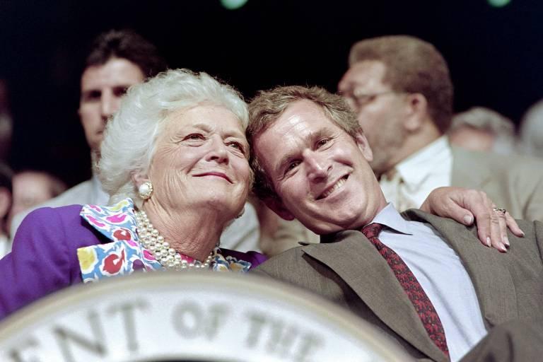 Morre Barbara Bush, ex-primeira-dama dos EUA