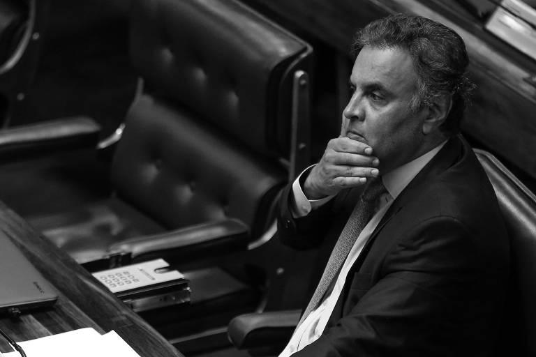 O senador Aécio Neves (PSDB-MG) durante sessão no Plenário do Senado, em Brasília, em março deste ano