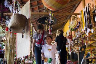 Encontro com indigenas na Toca da Raposa