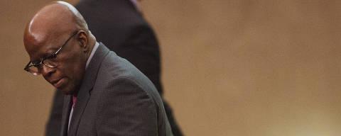 Brasilia, DF. 08/06/2017. O ex-ministro do STF Joaquim Barbosa chegar para assistir a sessão de julgamento da chapa Dilma-Temer no Tribunal Superior Eleitoral em Brasilia. Foto: Lalo de Almeida/ Folhapress ) PODER