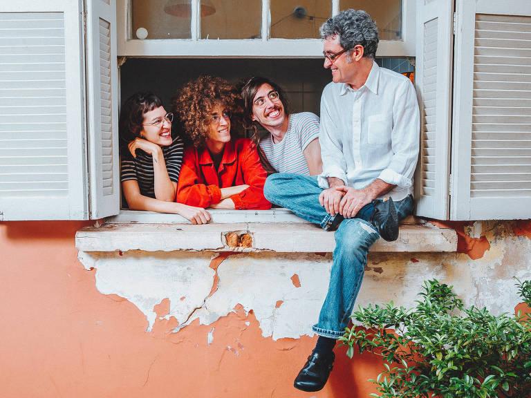 Maurício Pereira e filhos