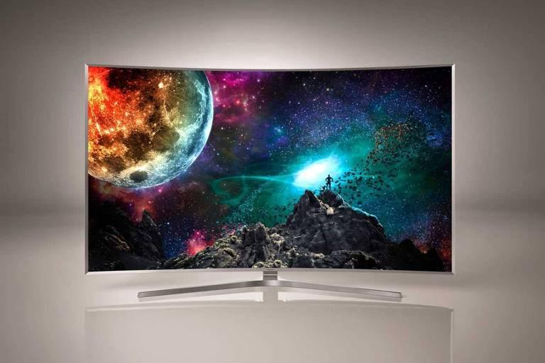 TV com imagem colorida
