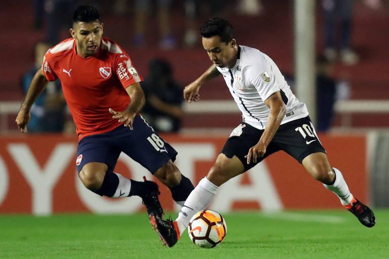 Jadson foi o autor do gol que deu a vitória ao Corinthians na Argentina