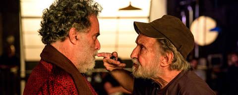 O ator Tony Ramos e o diretor Ruy Guerra no set de 'Quase Memória'