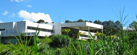 Vista do prédio do Hospital Anjo Gabriel em Mairiporã, inaugurado em 2016, mas que ainda tem destino incerto