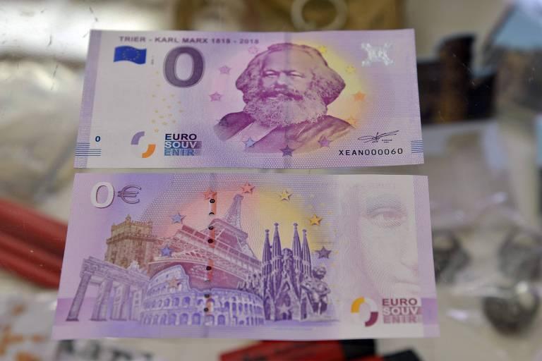 Notas de zero euro são vendidas em cidade alemã para marcar aniversário de Karl Marx