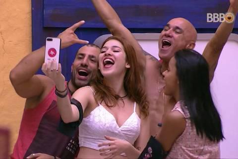 Kaysar, família Lima e Gleici são os finalistas do BBB 18