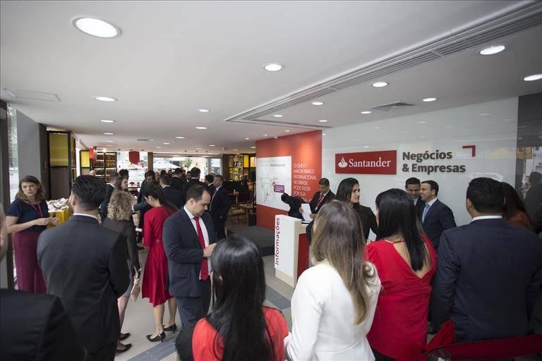 Santander registra lucro de 2,05 bilhões de euros no 1º tri