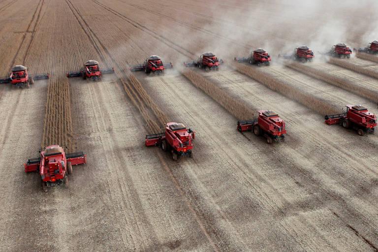 Colheita de soja em Tangará da Serra (MT)